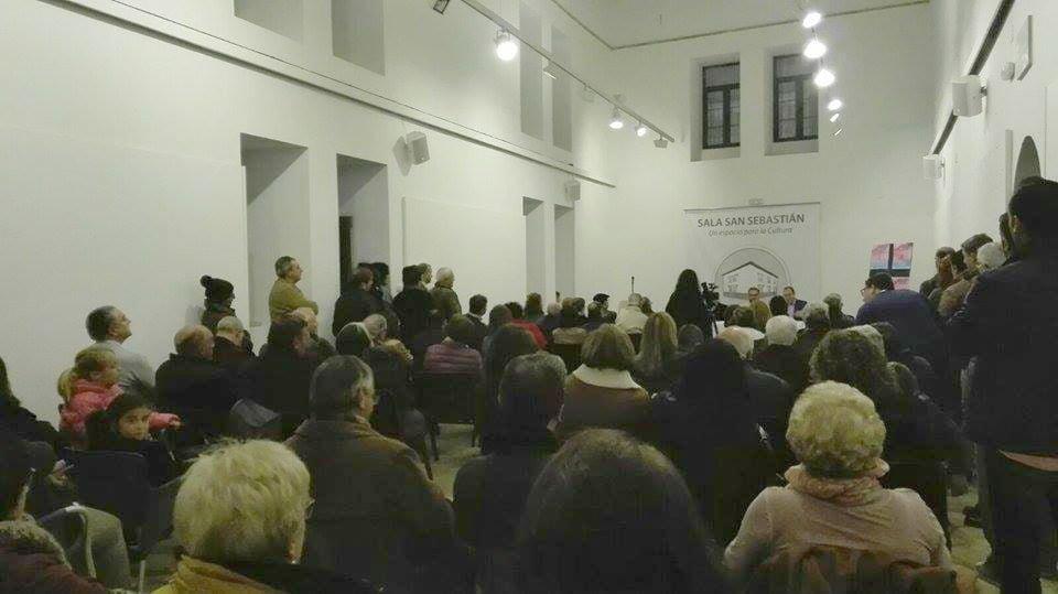 El público llenó la sala San Sebastián.
