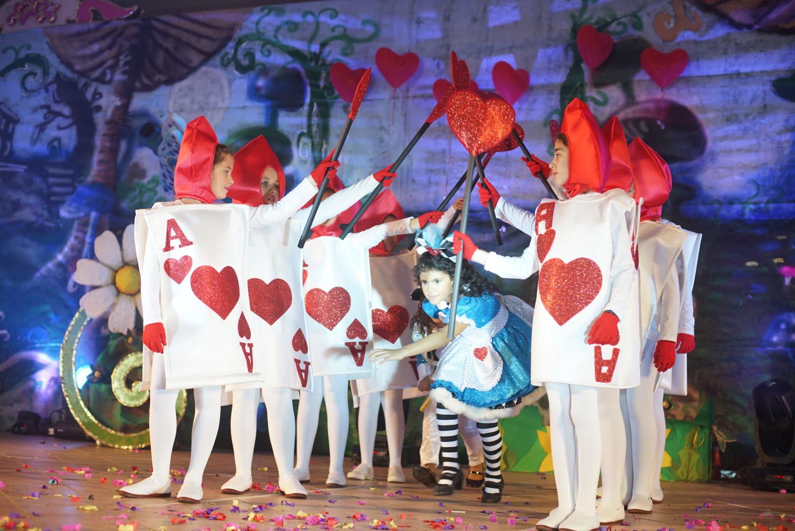 Los niños disfrutaron con la gala de elección de la reina infantil de Ayamonte.