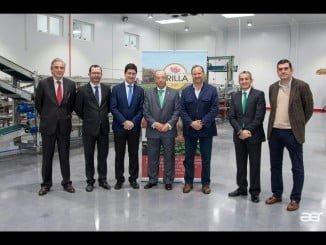 Directivos de Caja Rural del Sur y de Interfresa acompañaron a Erilla Fruit en la inauguración de las nuevas instalaciones-
