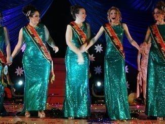 Con la elección de las reinas juvenil e infantil ha arrancado el carnaval de Ayamonte.