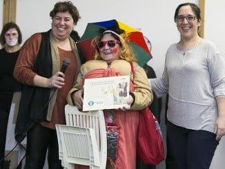 """La abuela del Carnaval ha triunfado como """"maruja playera"""""""