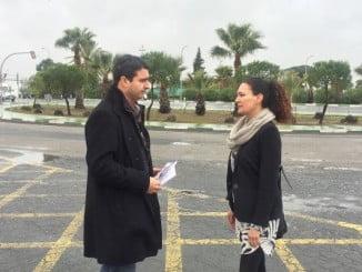 Amaro Huelva y Lourdes Martín han visitado una de las entradas al municipio