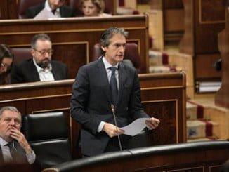 El ministro ha comparecido en la sesión de control al Gobierno en la Cámara Baja