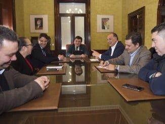 Reunión de representantes de CECA con Cruz