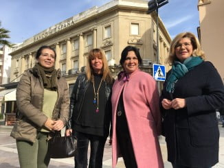 Los populares, ante el edificio del Banco de España
