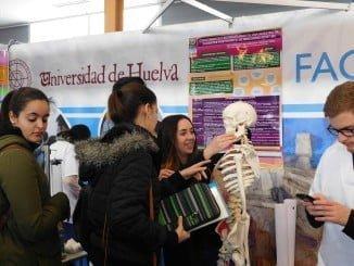 Más de 3000 estudiantes visitan la UHU hasta el próximo jueves