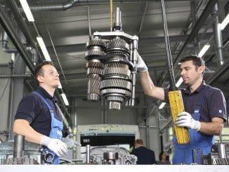 El sector de fabricantes de componentes para vehículos cerró el pasado ejercicio en España con una cifra de negocio récord de 34.000 millones de euros