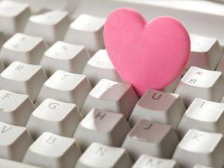 Tres de cada cinco parejas se conocen de forma virtual y hay que tomar precauciones a la hora de establecer relaciones online