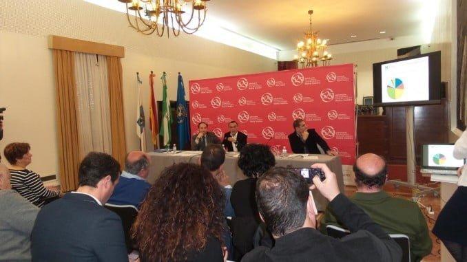 El presidente de la Diputación ha presentado los presupuestos a los ayuntamientos de la provincia