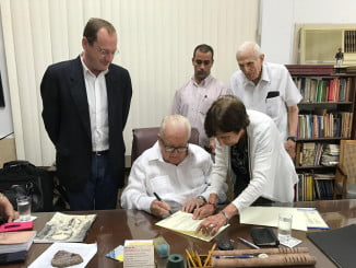 La institución provincial ha firmado un convenio con la sociedad que preside Armando Hart Davalos