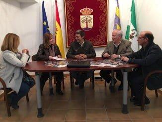 FOE y Ayuntamiento de Santa Ana sellan un acuerdo de cara al I Campeonato de Marcha Nórdica