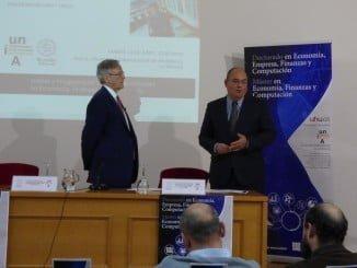 El profesor Daniel Peña, Premio Rey Jaime I de Economía en 2011, en un momento de su intervención