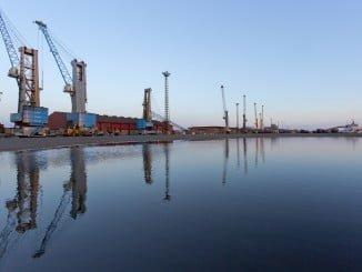 La actividad portuaria se está resintiendo en muchos puertos españoles