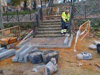 Reparación de las escaleras de acceso a la Plaza de Los Templetes, en La Orden