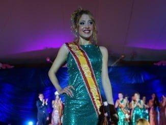 Mari Paz González Gómez, reina juvenil del Carnaval de este año