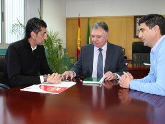 Reunión UGT, CC OO y delgado del Gobierno en en Huelva