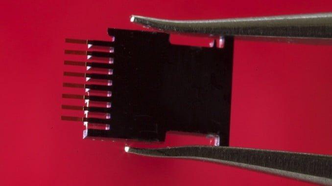 Fotografía del biosensor, de medio milímetro de longitud. (Joan Costa / CSIC Comunicación)