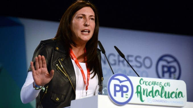 La continuidad de Loles López como secretaria general del PP andaluz garantiza la tranquilidad en el congreso provincial de Huelva.