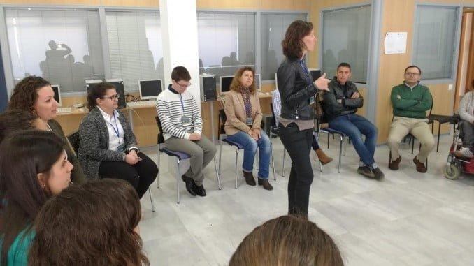 AGELEPE colabora en la formación de desempleados.