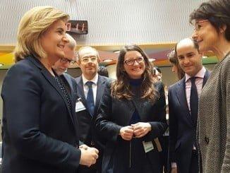 La ministra de Empleo y Seguridad Social, Fátima Báñez, ha asistido este viernes al Consejo de Ministros de Empleo en Bruselas