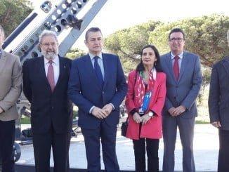 Sanz ha visitado el Centro de Experimentación de El Arenosillo y ha expresado su apoyo al proyecto CEUS