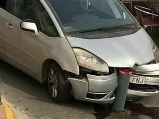 El PSOE pide una adecuada señalización de los bolardos en Cartaya para que no se produzcan accidentes
