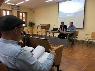 El responsable del área de Concertación de la Diputación, José Luis Ramos, se reúne con alcaldes y técnicos