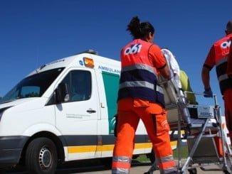 Los servicios sanitarios de Epes han atendido al herido, que ha sido trasladado a un hospital