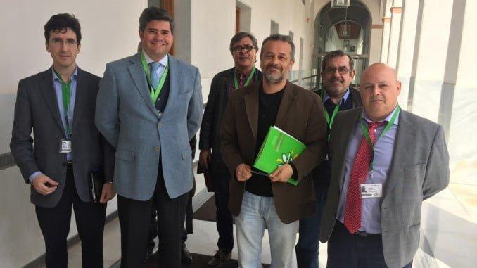 Responsables de Flacema se han reunido con parlamentarios de Podemos e IU