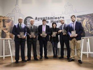 Ayuntamiento, Consejo de Hermandades, Fundación Cepsa y Aqualon impulsan la guía de este año