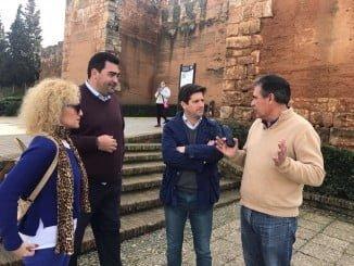 """García Longoria ha acusado a la Junta de olvidarse de """"la joya de Niebla"""", que son sus murallas"""