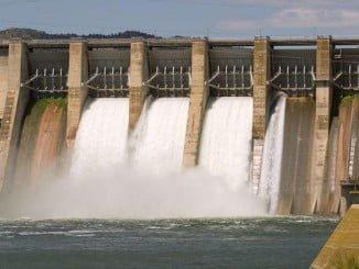 Las centrales hidráulicas suponen el aprovechamiento del movimiento del agua de ríos para generar energía eléctrica de forma limpia
