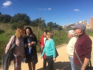 Pilar Miranda, Juani Carrillo y Carmen Sacristán visitando el Parque Moret