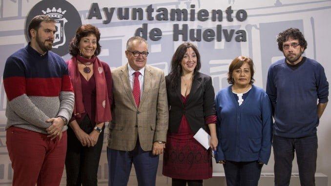 Presentación de la Oficina de Atención al Inmigrante en el Ayuntamiento de la capital