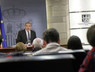 El portavoz del Gobierno, Íñigo Méndez de Vigo, durante la rueda de prensa posterior al Consejo de Ministros