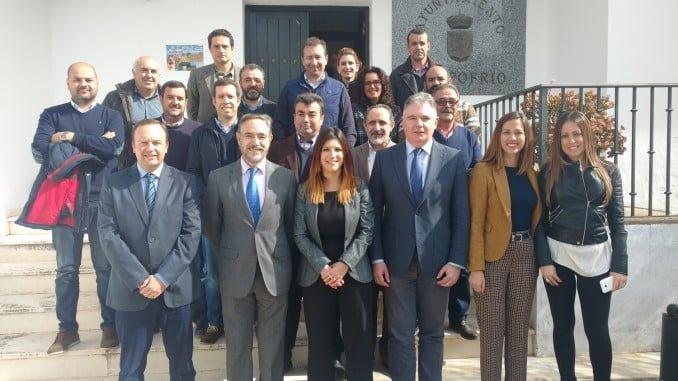 Felipe López ha visitado Campofrío para trasladar a su alcaldesa el inicio de las obras