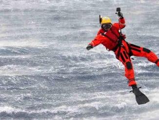 Salvamento Marítimo localizó el cuerpo del segundo pescador a siete millas al oeste de Conil