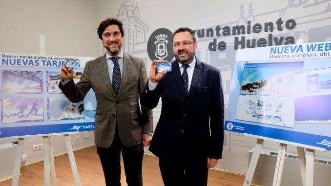 El presidente y el gerente de Emtusa han presentado las nuevas tarjetas y la web de la empresa