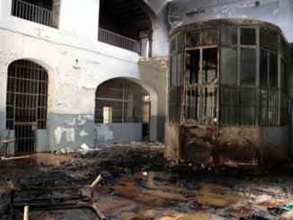 El edificio, construido en los año 30, es un estercolero que presenta un estado lamentable