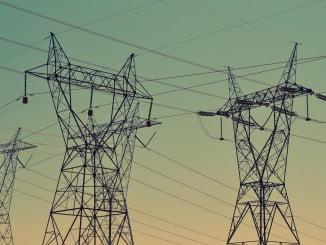 El sector industrial con mayor influencia negativa en este descenso es Energía
