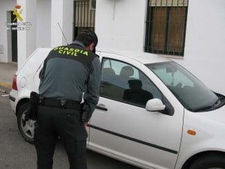 Los detenidos se apropiaron de los vehículos alquilados en Rentacar