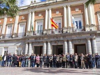 Huelva guarda silencio por las victimas del atentado de ayer en Londres