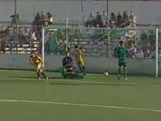 Segundo gol del Recreativo al Mancha Real tras un contrataque de Cantero que remata Rafa de Vicente a gol.