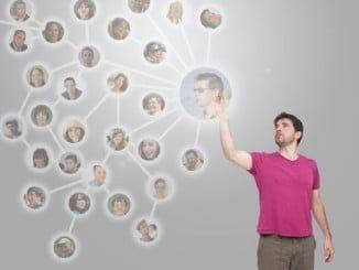 Los contactos en las redes pueden facilitarnos la búsqueda de nuevas oportunidades laborales
