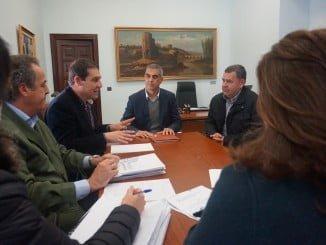 Reunión para abordar las lineas futuras del sector calzado en la provincia de Huelva