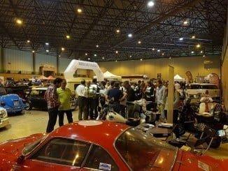 El público asistente al Salón ha podido disfrutar de todo tipo de vehículos y motos clásicas
