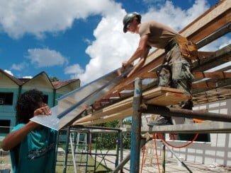 Las actividades relacionadas con la construcción tuvieron un retroceso en el coste por hora trabajada