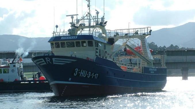 El nuevo buque de ANAMAR, Joframan se está sometiendo a las inspecciones sanitarias y entrega de documentación definitiva