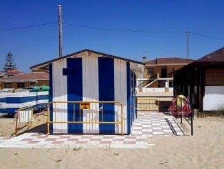 La Mancomunidad de Islantilla aún no ha abierto ni los servicios de playa pese al buen tiempo.