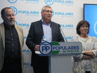 Miembros del equipo de Gobierno del Ayuntamiento de Cartaya con su alcalde al frente.